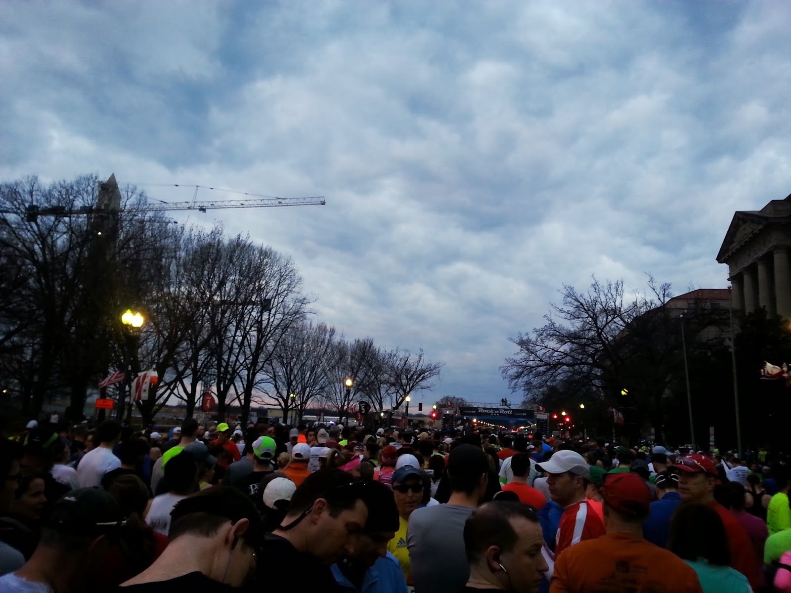 RNR-DC-Half-Marathon-recap-start