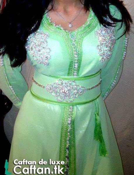 Caftan marocain vert de luxe