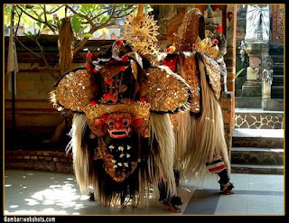 barong dance is like reog ponorogo and chinese barongsai