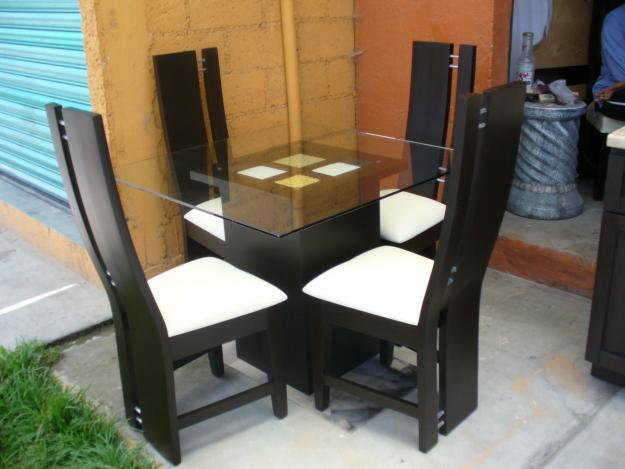 Decorando dormitorios fotos de sillas de comedor minimalista for Sillas para habitaciones