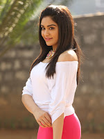 Adah Sharma glamorous photos from Garam movie shooting-cover-photo
