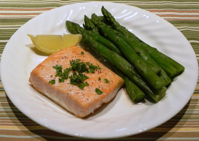 The Iowa Housewife: Roasted Salmon with Butter From Mark Bittman