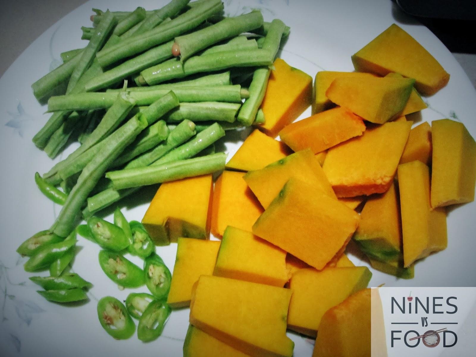 Nines vs. Food - How To Make Ginataang Gulay with Pig Ears-2.jpg