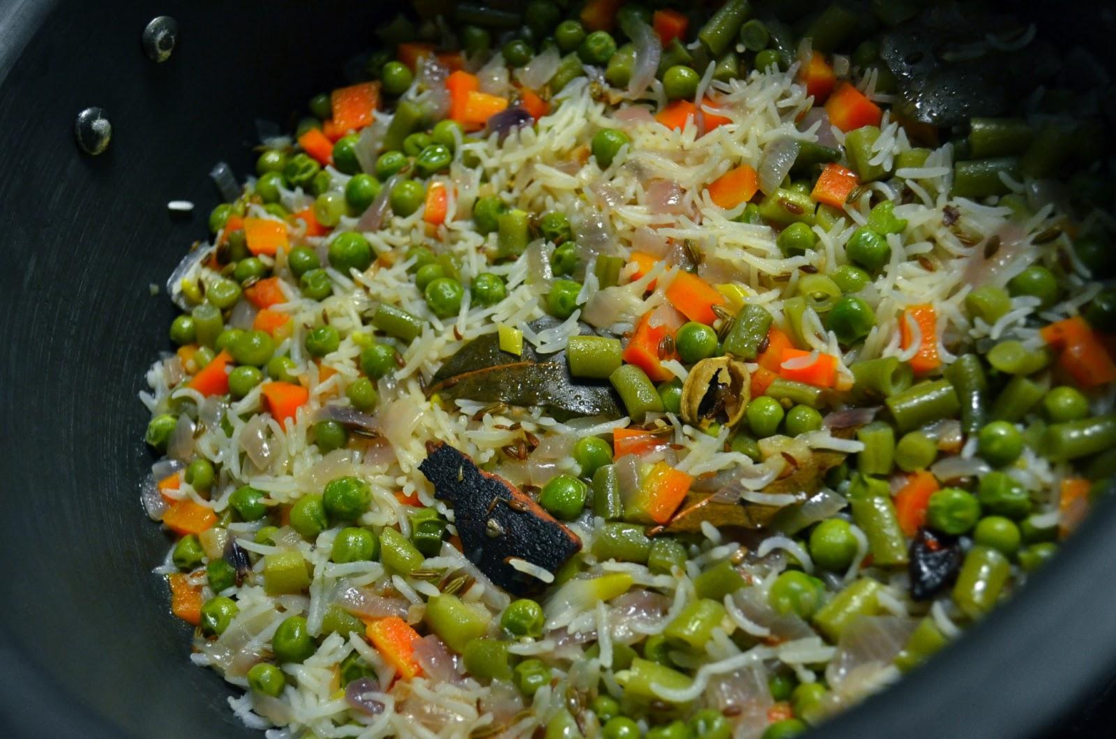 Dishing With Divya: Veg - Pulao / Vegetable Pulav / Vegetable Rice ...