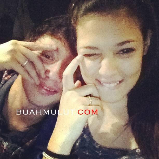 chacha+maembong+pakwe+3 Gambar Cha Cha Maembong Dalam Pelukan Kekasih