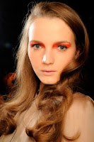 Makeup Trends 2012, trend make up, trend make up 2012, latest make up trends, make up trends 2011, winter make up trends, eye makeup trends 2012, spring summer makeup trends 2012, Tendencias en maquillaje 2012_labios rojos2.jpg