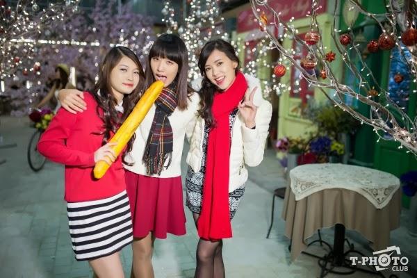Cùng bộ 3 Hotgirl ĐH Ngoại Thương đón giáng sinh