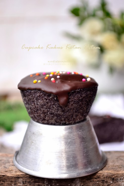 Cupcake Kukus Ketan Hitam