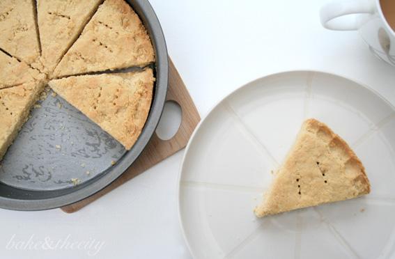 Dreamlike Shortbread biscuit Lorraine Pascale