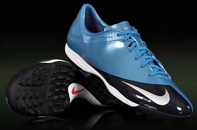 nike Daftar Harga Terbaru Sepatu Futsal Merk Nike 2013
