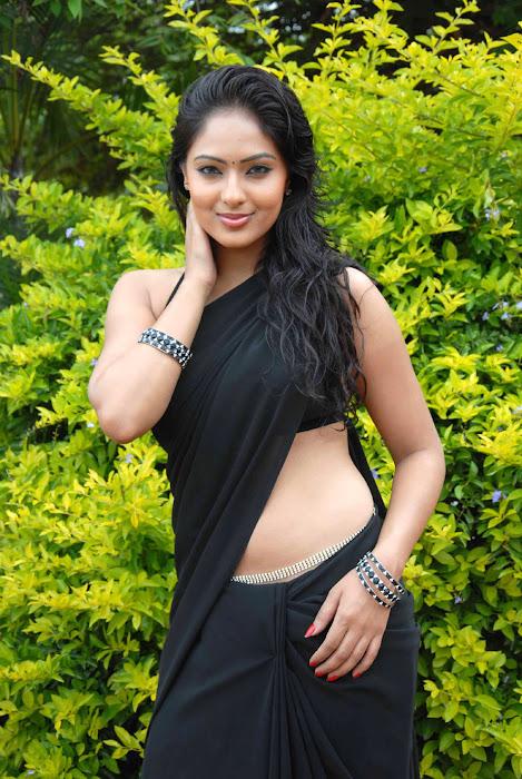 nikesha patel spicy , nikesha patel exposing latest photos