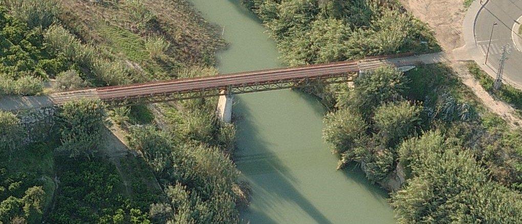 Pont de ferro del ferrocarril de Gandia direcció Almoines