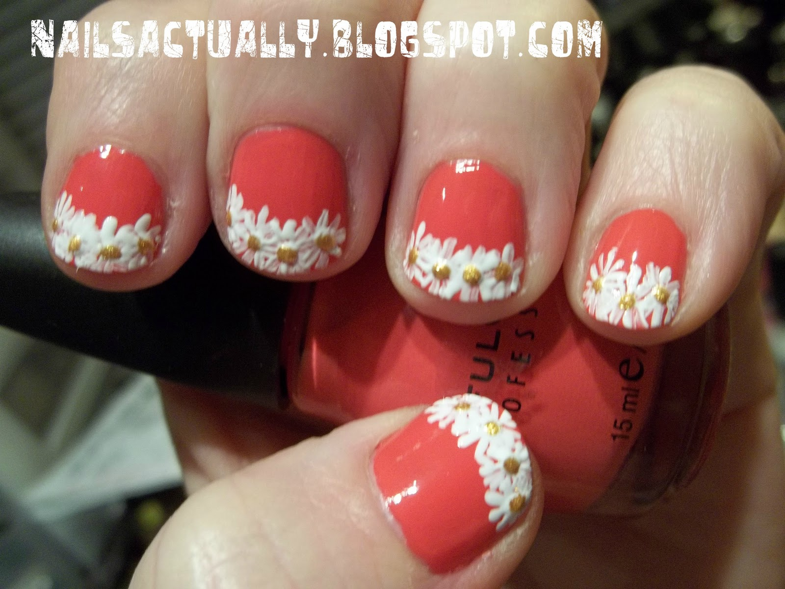 Nails Actually: Daisy French Tip Nails