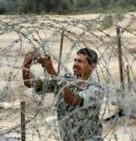 اغلاق معبري رفح وكرم ابو سالم والانفاق يعزل غزة عن العالم