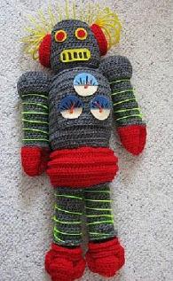 http://donnascrochetdesigns.com/slinky/robot-free-crochet-pattern.html