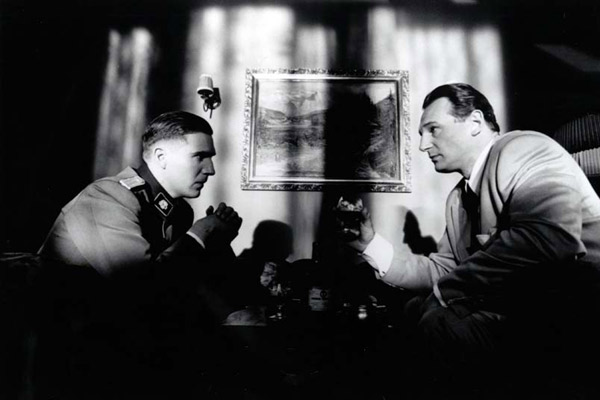 schindler list movie review essay Schindlers list review lschindler's list movie review essay schindler's list, opens with no historical backgroundwe are simply in the middle of the war against the jews.