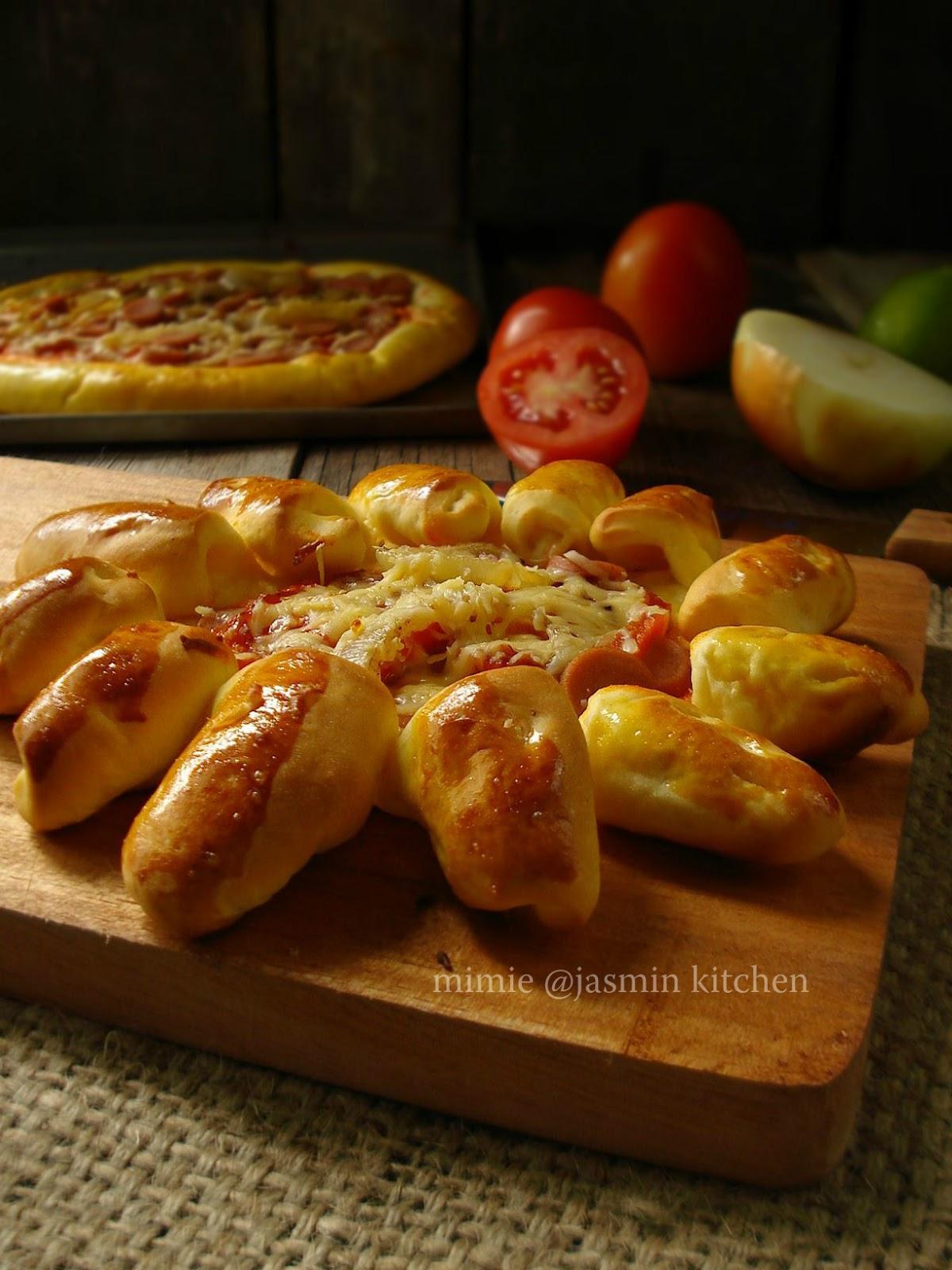 Jasmins Kitchen Homemade Pizza
