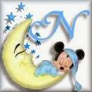 Alfabeto de Mickey Bebé durmiendo en la luna N.