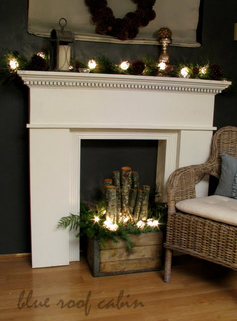 Blue Roof Cabin CHRISTMAS FAUX MANTEL