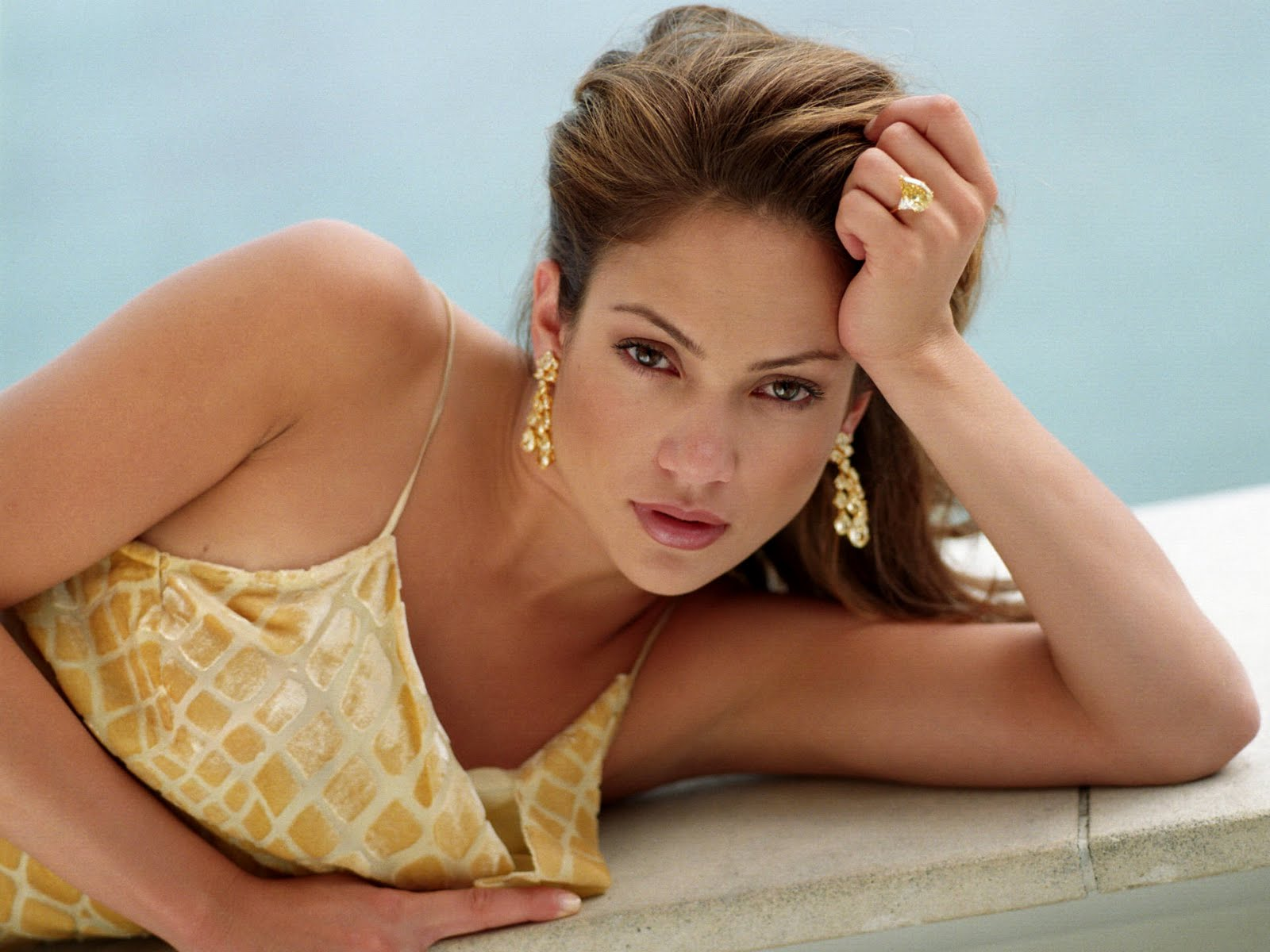 an overview of the hollywood career of jennifer lopez Screen time: plenty meuse has been prominently featured on several episodes, earning special attention during hollywood week (she's also easy to spot in a crowd, with her pink-streaked hair.