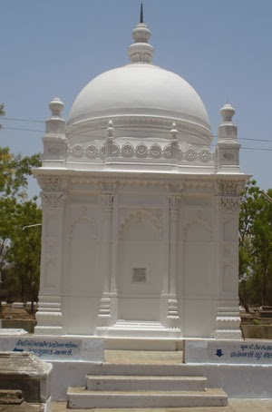 Kapadwanj Ziyarat-Gujarat