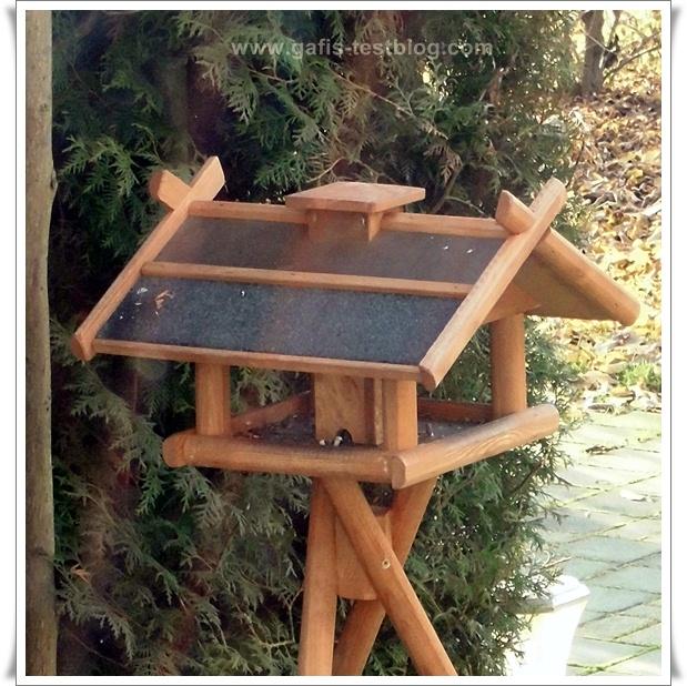 Holz-Vogelhäuschen