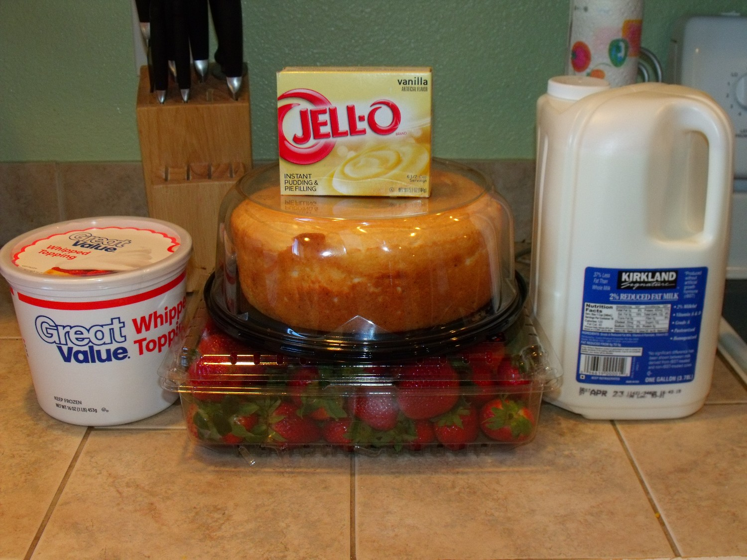 angel food cake, strawberries, 2 large boxes vanilla pudding, cool ...