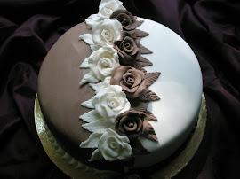 Rózsás torta-két színben