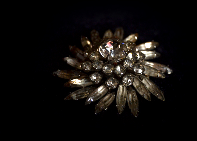 The Flying Clubhouse: Vintage Brooch