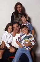 Tres hijos para mí solo, serie con Enrique Simón, Eugenia Santana, Yohana Cobo