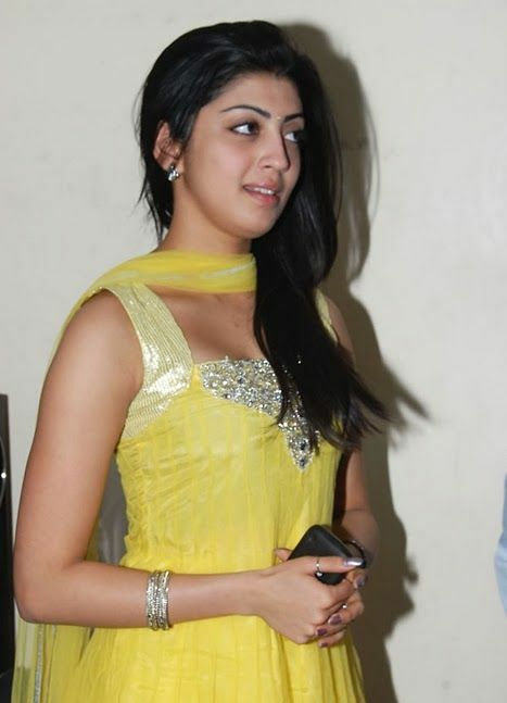 Praneetha Latest Pictures wallpapers