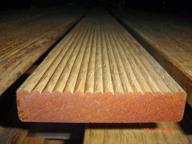 decking kayu bengkirai alur 1 muka Rp 350.000,-