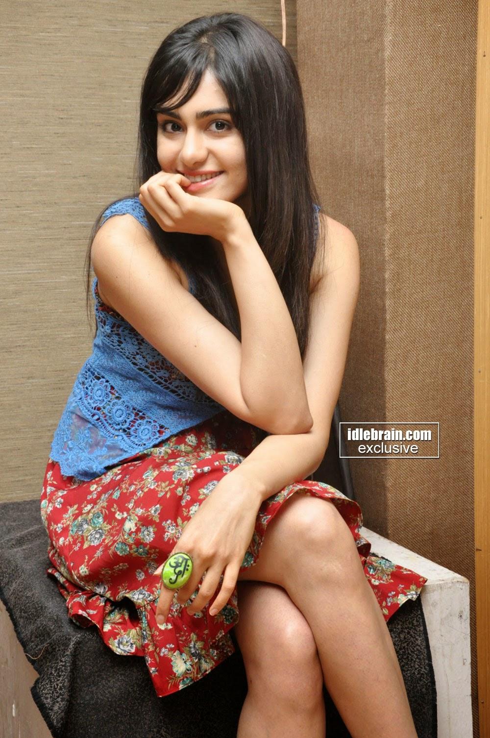 Adah Sharma crossed legs