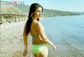 Kareena-Kapoor-Bikini-hot-images-4