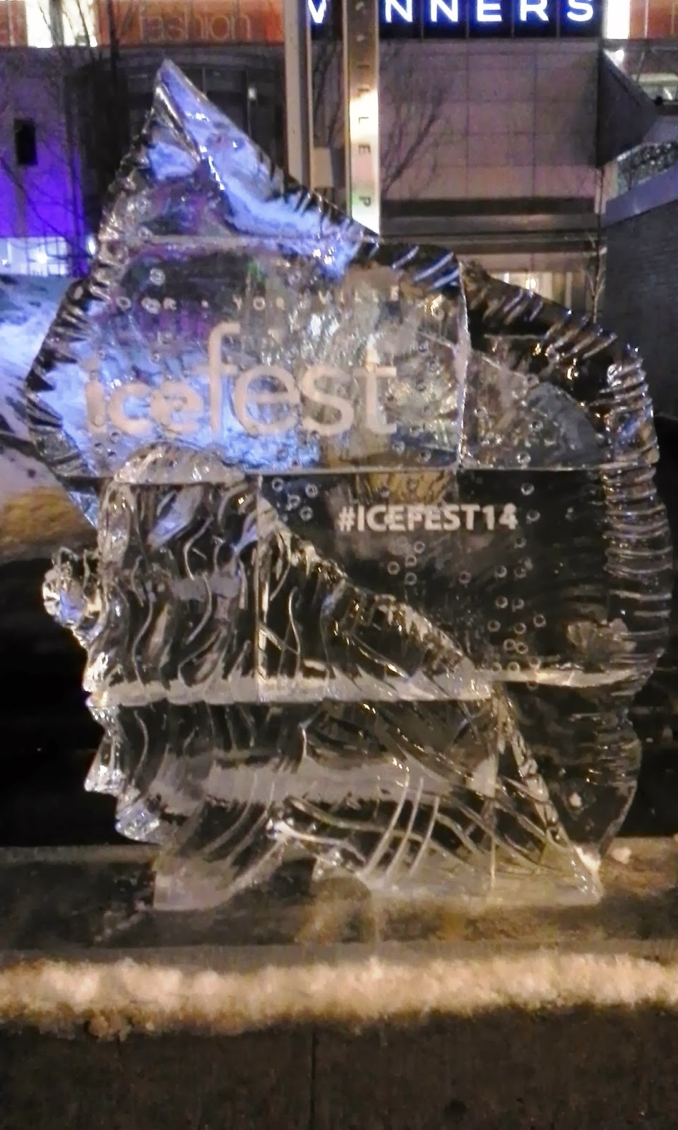 Ice Sculptures from Bloor-Yorkville Ice Fest 2014, Toronto Culture Melanie.Ps Blogger The Purple Scarf
