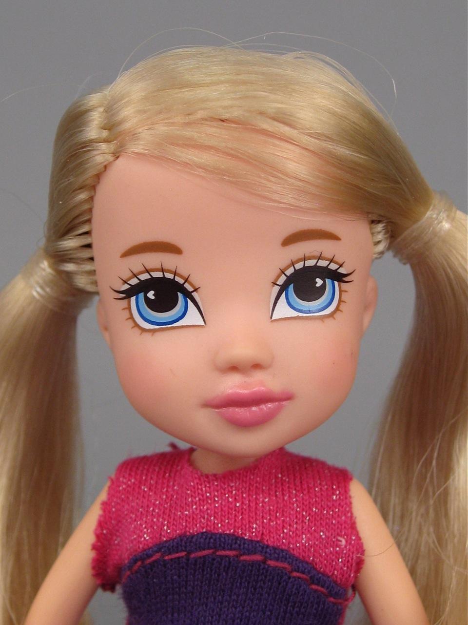 Moxie Girlz mini Neve