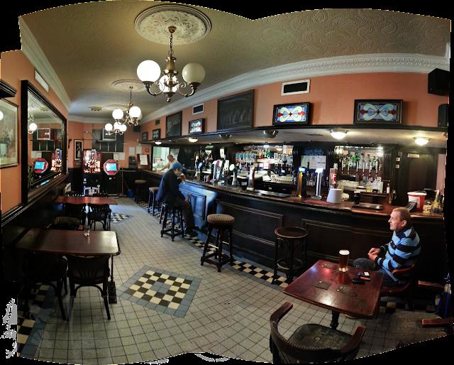 Mills Bar, Glasgow