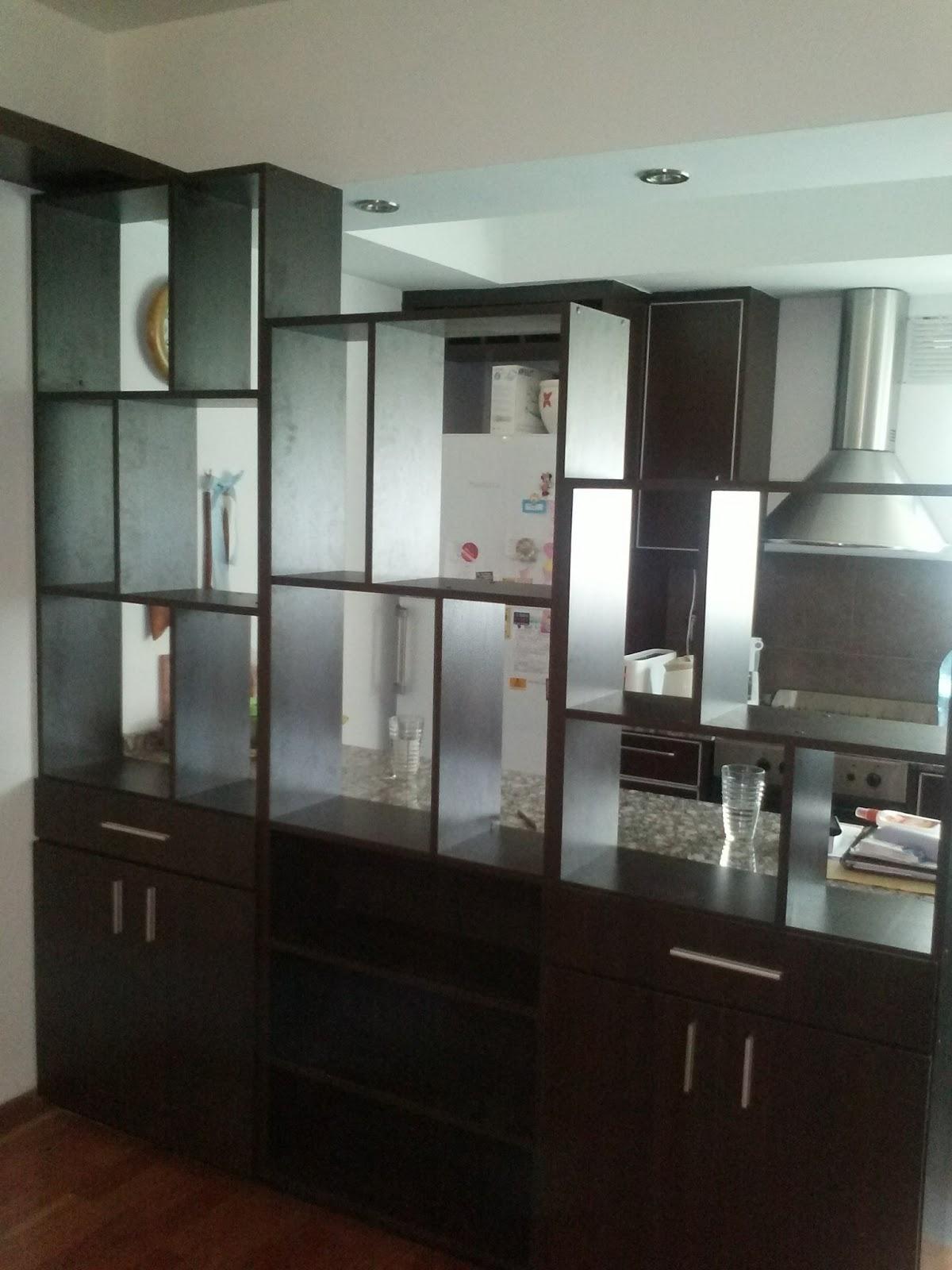 Dise o y madera modulos para dividir ambientes for Dividir cocina comedor