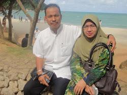 Ayah saya ( Suhaimi Salleh) dan Ma saya ( Roslinawati awang) yang tercinta ^^