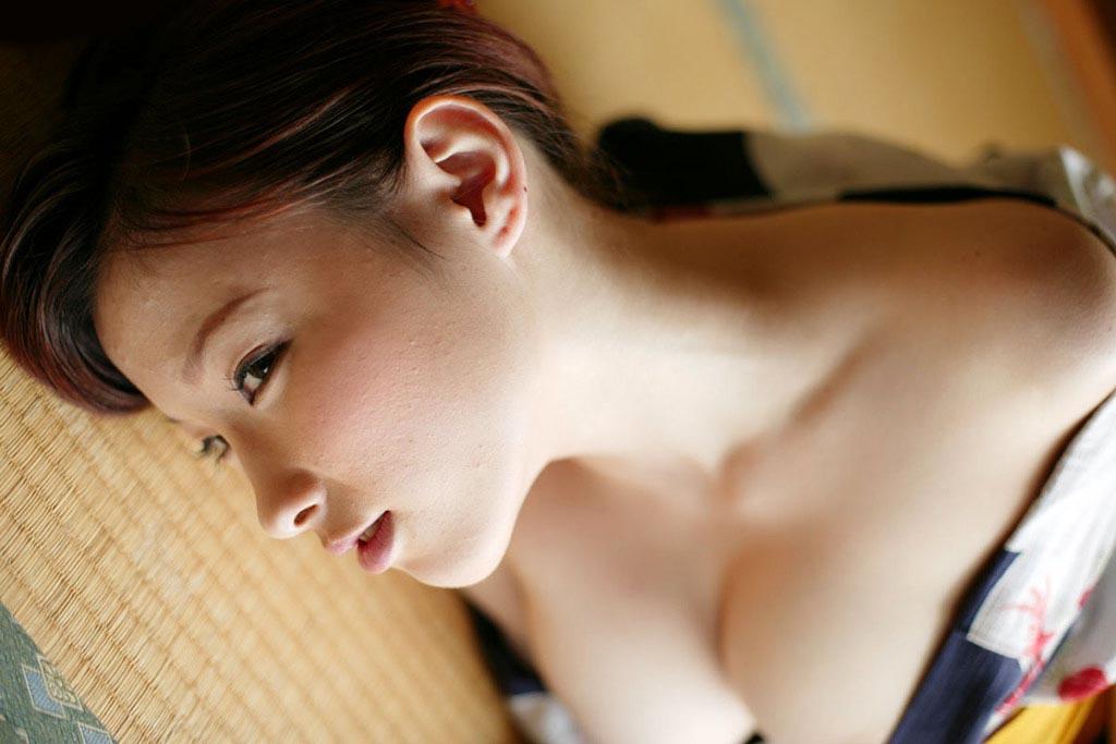 akane sakura topless photos 01