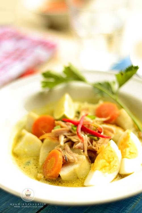 Soto Lontong Ayam