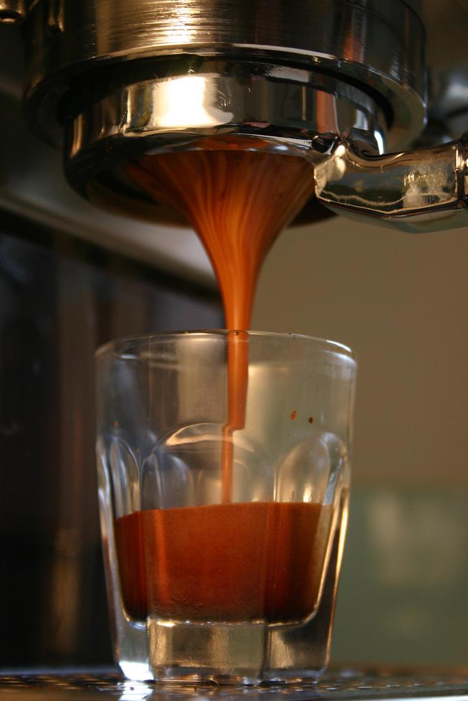 Crema đặc trưng của cà phê pha máy