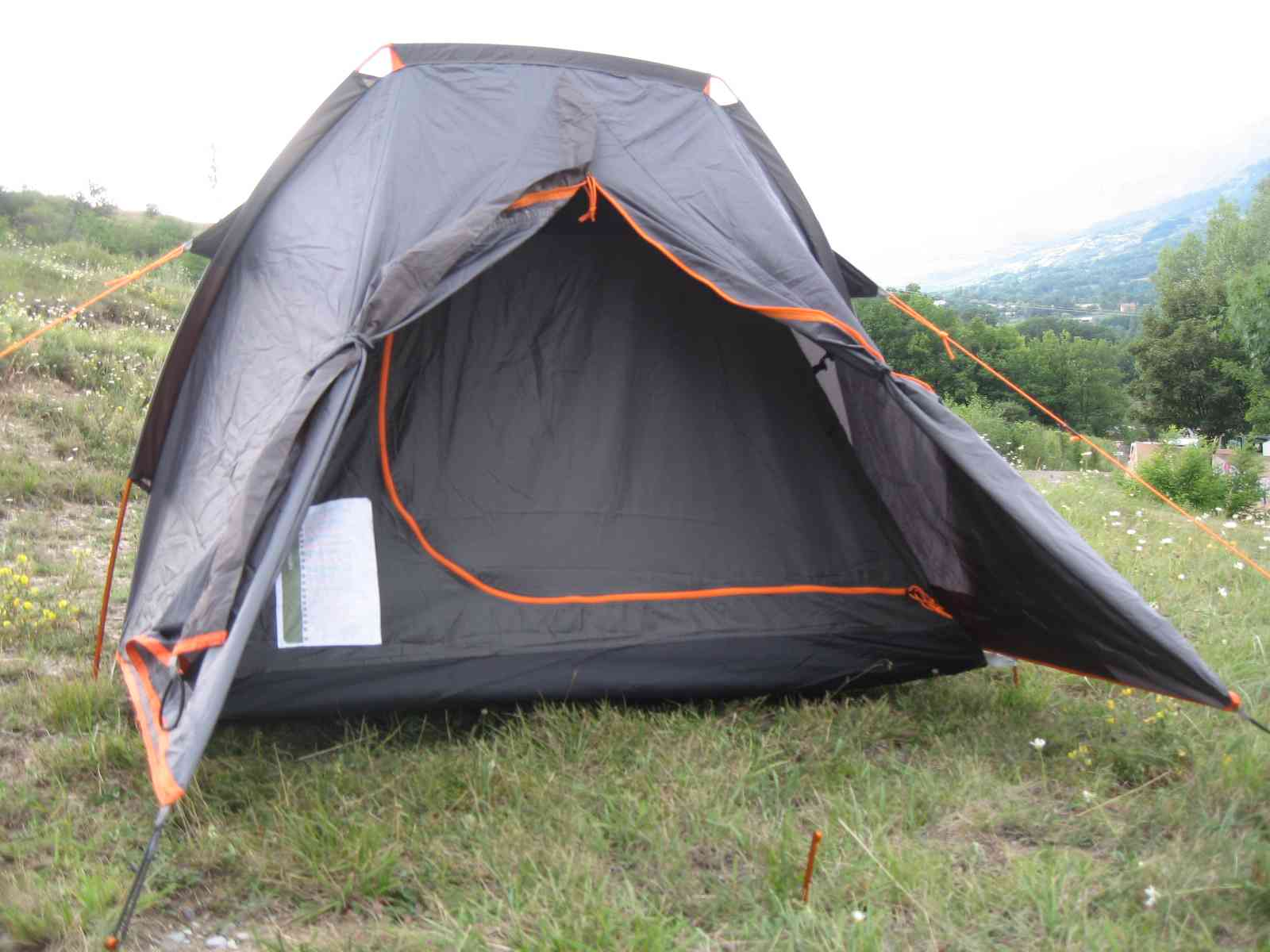 Dmfly tente quechua t2 ultralight pro for Tente deux chambres