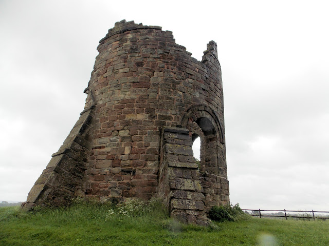 tower ruin tutbury staffordshire castle