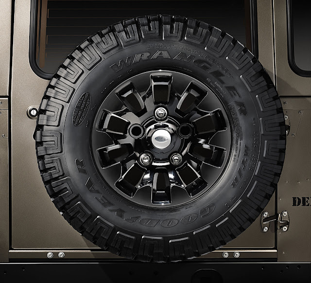 колесо Land Rover Defender 2012