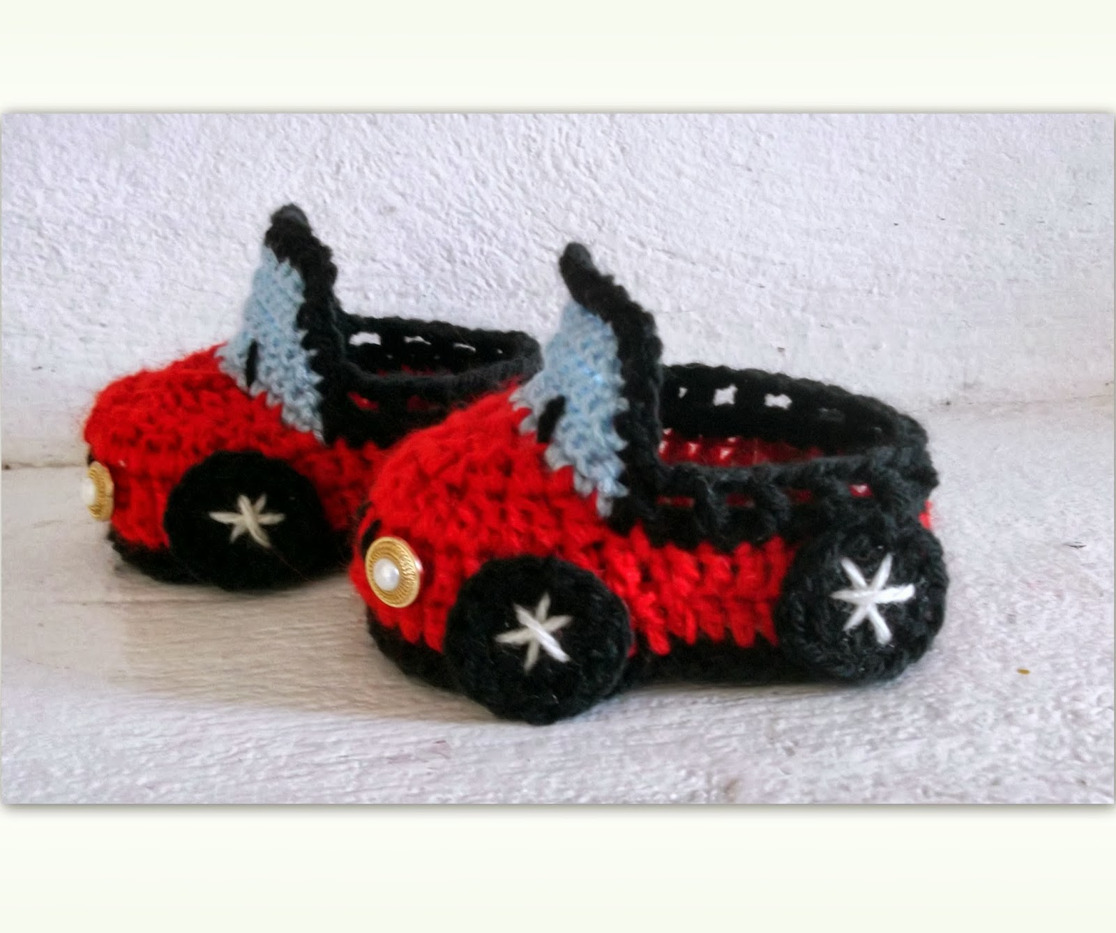 Free Crochet Patterns For Your Car : Cute Designs: Car Baby Booties Crochet Pattern