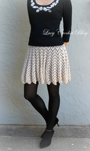 Ta-dah! Finally, I can show you my new crochet skirt!