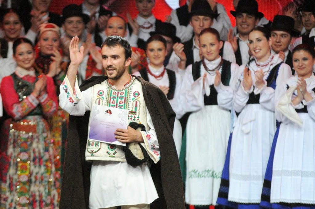 Fölszállott a páva, hagyományok, kultúra, néptánc, népzene, tehetségkutató, Vaszi Levente, Tokos Zenekar, Bekecs Néptáncegyüttes
