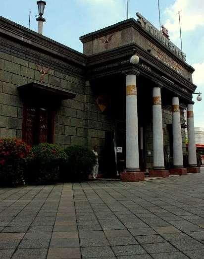 House_of_Sampoerna_Tempat_Wisata_Surabaya