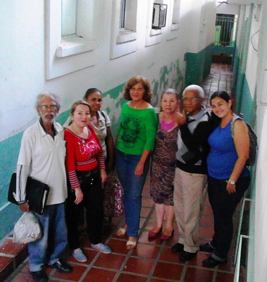 CON PARTICIPANTES  DE  LA CAS  DE LOS  JUEVES